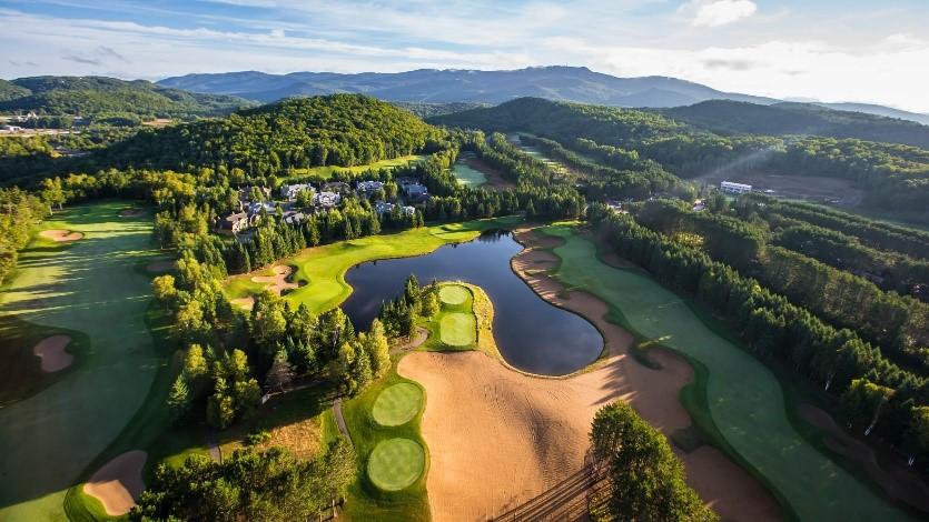tremblant-aerial-golf.jpg